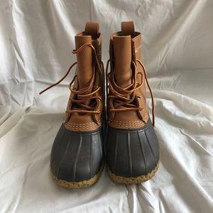 LL bean 8'' duck boots